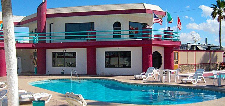 el_golfo_clubhouse_pool