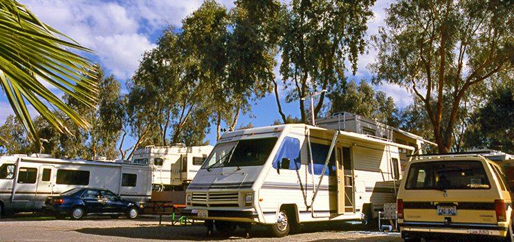 Northshore resort colorado river adventures for Laughlin camping cabins